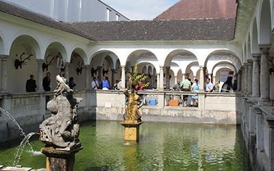 Weinfestival in Kremsmünster im barocken Fischkalter